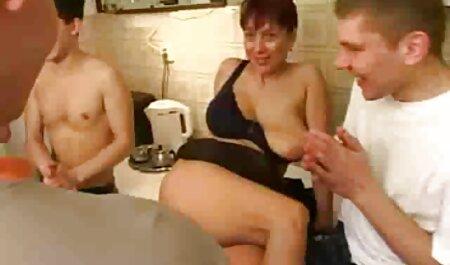 Heißes Amateur Girl alte weiber fickfilme mit 3 Jungs