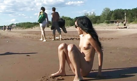 Reifer Latina-Reitdildo mit großen behaarte fickfilme Brüsten