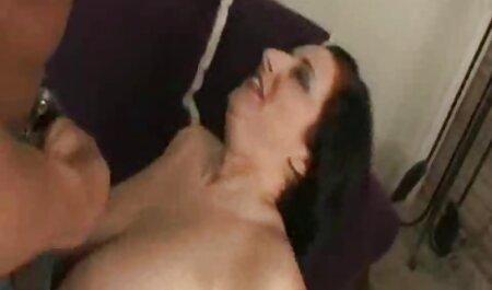 Twistys - Junge Brünette in Dessous reibt Muschi zum gratis fickfilme anschauen Orgasmus