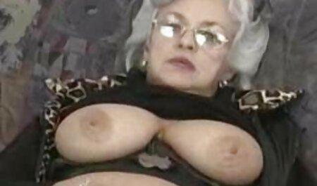 erstaunliche Titten fickfilme Blowjob schlucken