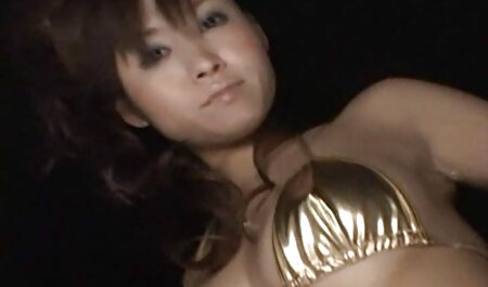 Sexy japanische erotische fickfilme MILF bekommt Gesicht tief gefickt