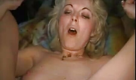 College-Mädchen italienische fickfilme masturbiert zwischen den Klassen